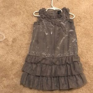 Gray gap dress with ruffles
